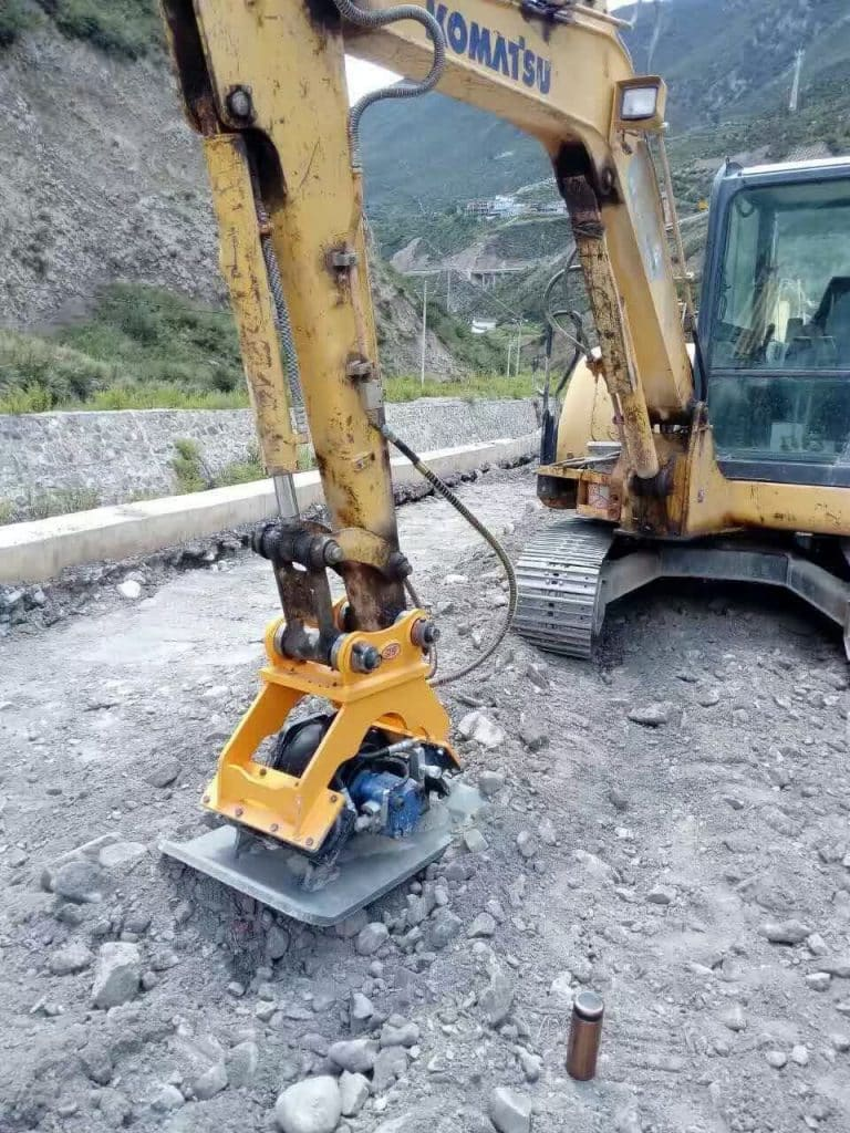 Hydraulic Plate Compactor